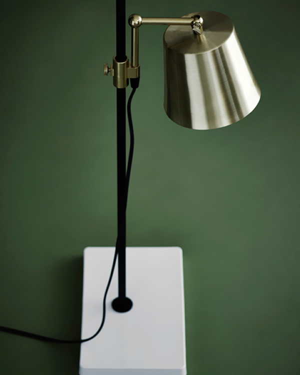 Lab Light, lámpara de sobremesa  de Karakter